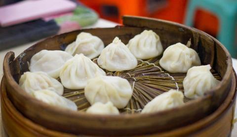 Los 'dumpling' de sopa generalmente se rellenan con caldo.