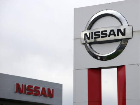 Letrero de Nissan.