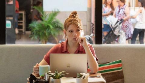 Fotograma de la serie 'Valeria', de Netflix