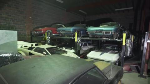 Varios vehículos de la colección.