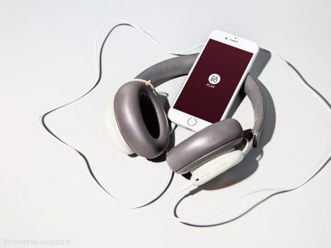 Si haces ejercicio con auriculares, definitivamente deberías limpiarlos.
