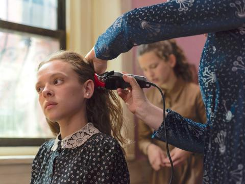 Shira Haas protagoniza 'Poco ortodoxa'.