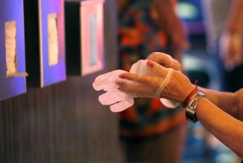 Cambiar de guantes.