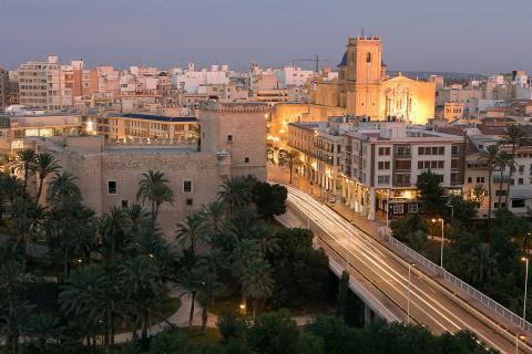 La ciudad de Elche (Alicante)