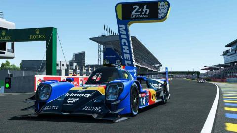 Fernando Alonso en las 24 Horas de Le Mans Virtual