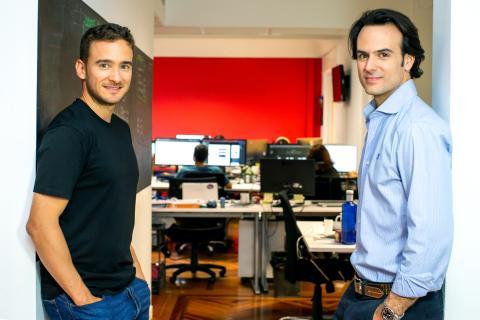 Los fundadores de Bipi, Hans Christ y Alejandro Vigaray.