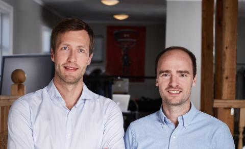 Los cofundadores de SidekickHealth. El Dr. Sam Oddsson, a la izquierda, es el director médico; el Dr. Tryggvi Thorgeirsson es el director general.