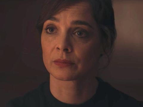 """Shani Atias interpreta a Hannah en """"Dark""""."""