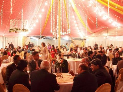 Las bodas grandes no serán tan comunes después del COVID-19.