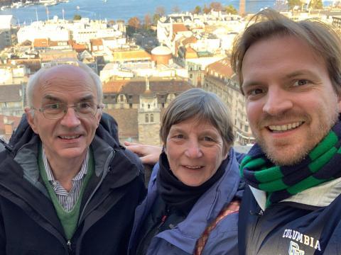 Peter Vanham (derecha) con su madre, Ann Kellens, y su padre Guido Vanham.