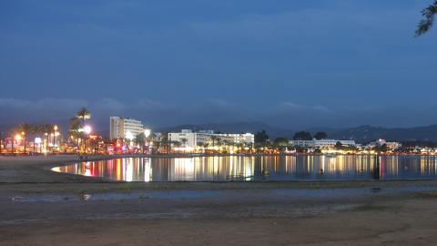 Playa de Sant Antoni de Portmany (Ibiza)