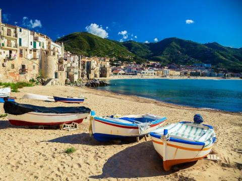 Sicily, Italy: Accommodation and flight costs up to 50% covered, and free tickets to attractions.
