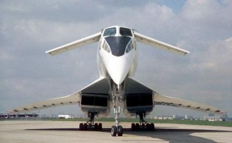 El Tupolev TU144 dejó de volar hace 40 años. Ahora Rusia quiere una nueva oportunidad