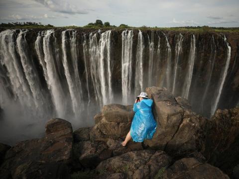 Victoria Falls es la cascada más grande del mundo.