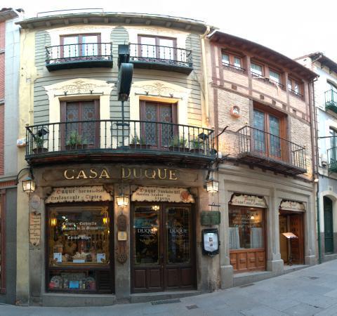 Casa Duque (1985), Segovia.