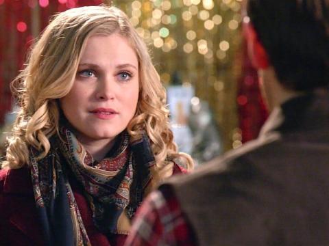 Eliza Taylor en 'Herencia navideña'