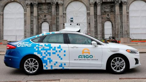 Un coche de pruebas Ford Argo AI en Detroit.