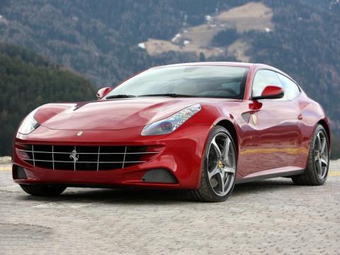 Un Ferrari FF.