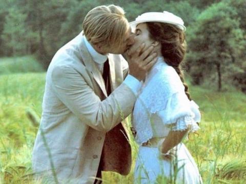 Julian Lane y Helena Bonham Carter interpretaron a George y Lucy en 'Una habitación con vistas'.
