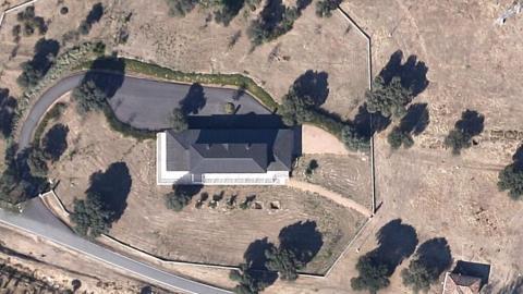Imagen aérea del pabellón de caza del rey Juan Carlos dentro del Complejo del Palacio de la Zarzuela.