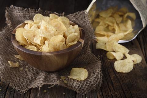 Patatas fritas de bolsa.