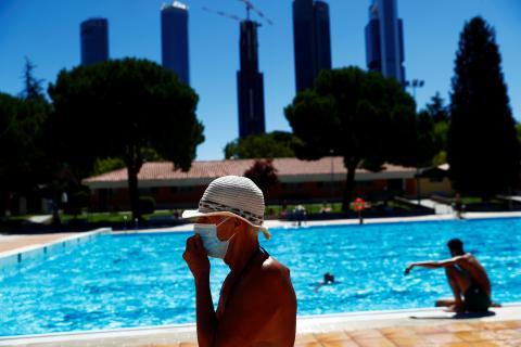 Una piscina pública de Madrid, durante la pandemia del coronavirus