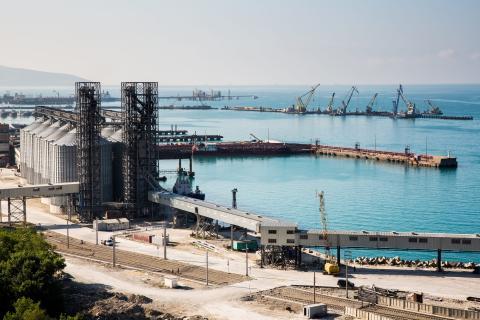 Pozo petrolífero en Kazajistán