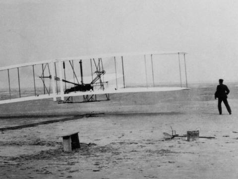 El siglo XX también nos dio la posibilidad de volar, en 1903.