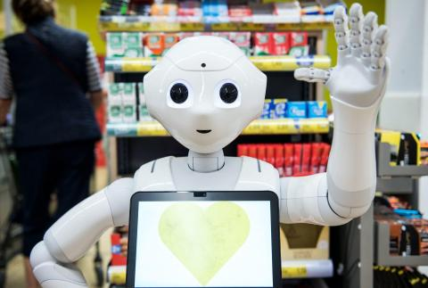 El robot humanoide Pepper de Softbank se está utilizando en todo el mundo.