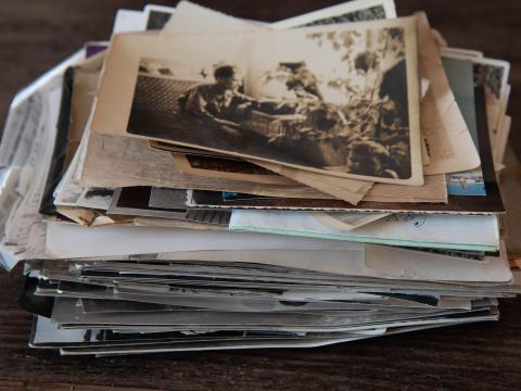 Además, recordarás muchas cosas mientras hojeas álbumes de fotos antiguos.