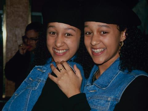 Tia y Tamera Mowry en 1990.