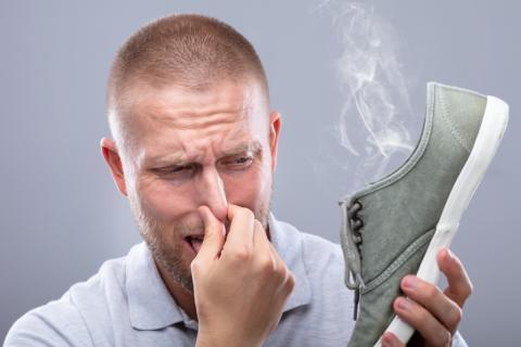 Zapato maloliente.