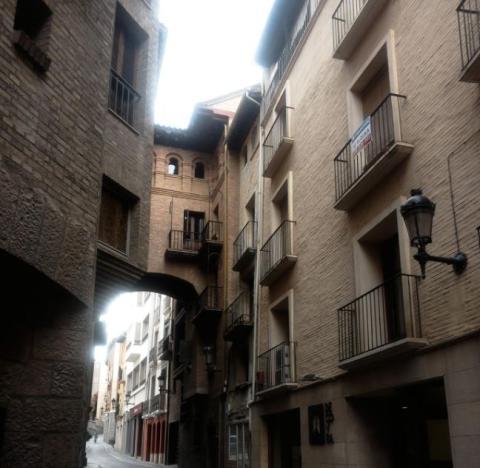 Calle Argensola, Barbastro.