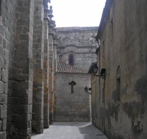 Calle de la Cruz Vieja, Ávila.