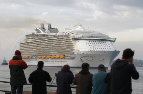 Cruceros fantasma: de barcos a la deriva a atracción turística