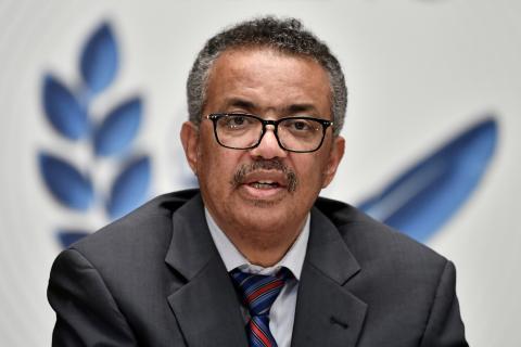 El Director General de la Organización Mundial de la Salud, Tedros Adhanom Ghebreyesus, asiste a una conferencia de prensa en Ginebra.