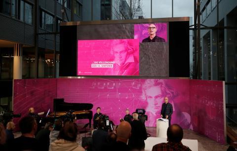Evento en el que se presentan partes de la décima sinfonía inconclusa de Ludwig van Beethoven que buscan completarse utilizando inteligencia artificial antes del 250 aniversario del nacimiento de Beethoven en Bonn, Alemania, el 13 de diciembre de 2019.