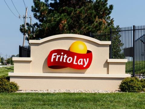 La marca Frito-Lay incluye también Cheetos, Doritos y Fritos.