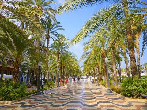 Paseo de la Explanada, Alicante.
