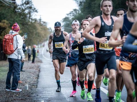 Puzey durante el Maratón Internacional de California.