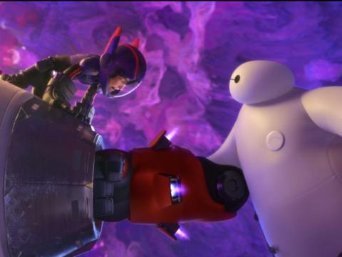Baymax se sacrifica para salvar a Hiro en el conmovedor final de 'Big Hero 6'.