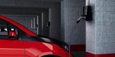Cargador para vehículo eléctrico de la startup española Wallbox.