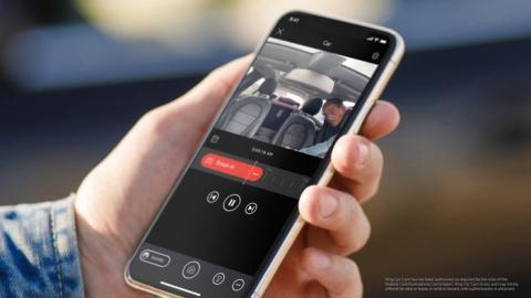 Dispositivo Ring para el coche de Amazon.