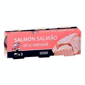 Latas de salmón