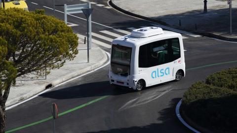 Modelo de autobús sin conductor de Alsa que tuvo un accidente en Madrid en su primer día.