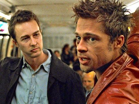 Edward Norton y Brad Pitt en 'El club de la lucha'.