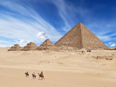 Las pirámides.
