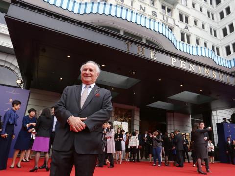El presidente de los hoteles de Hong Kong y Shanghai, Michael Kadoorie, asiste al 150 aniversario en The Peninsula Hong Kong en Tsim Sha Tsui.