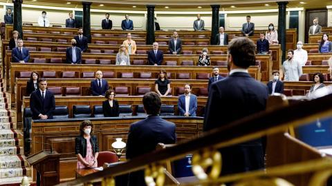 Minuto de silencio en el Congreso.