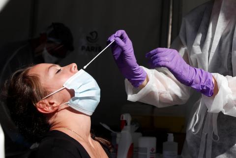 Prueba nasal para el coronavirus.
